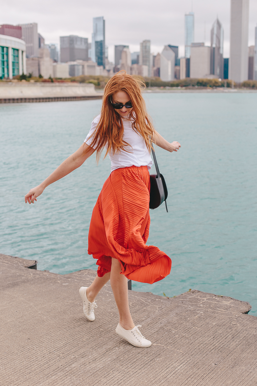 Windy City and the Red Skirt
